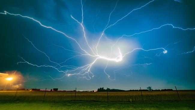Polska –  ponad 6 tys. interwencji w związku z burzami