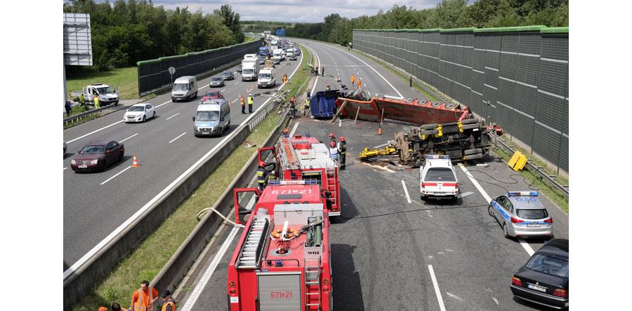 Po wypadku zablokowana autostrada A4 w Zabrzu