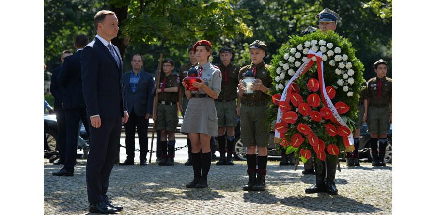 Prezydent złożył wieniec przed Pomnikiem Ofiar Rzezi Woli