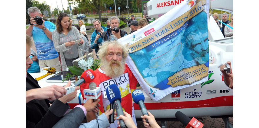Aleksander Doba po przepłynięciu Atlantyku dotarł do domu