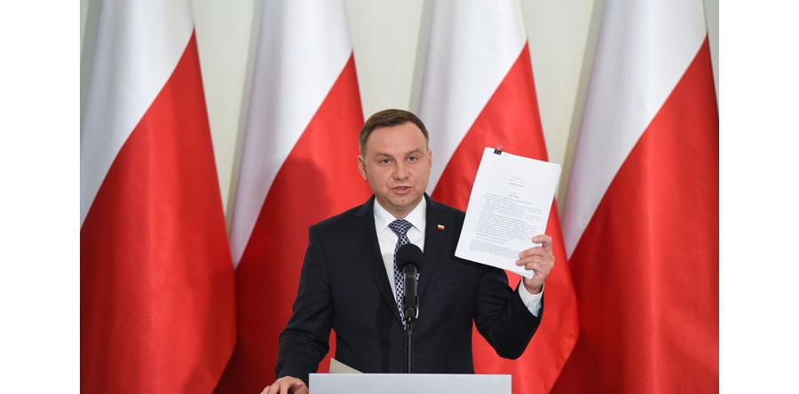 Prezydent przygotował projekt zmiany konstytucji w związku z propozycją dot. wyboru członków KRS