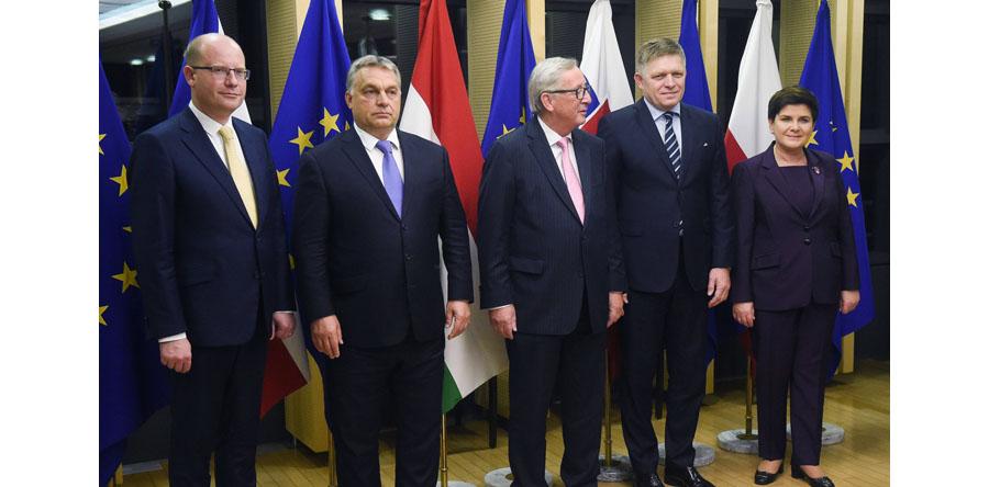 Premier Beata Szydło przybyła do Brukseli, gdzie weźmie udział w szczycie UE